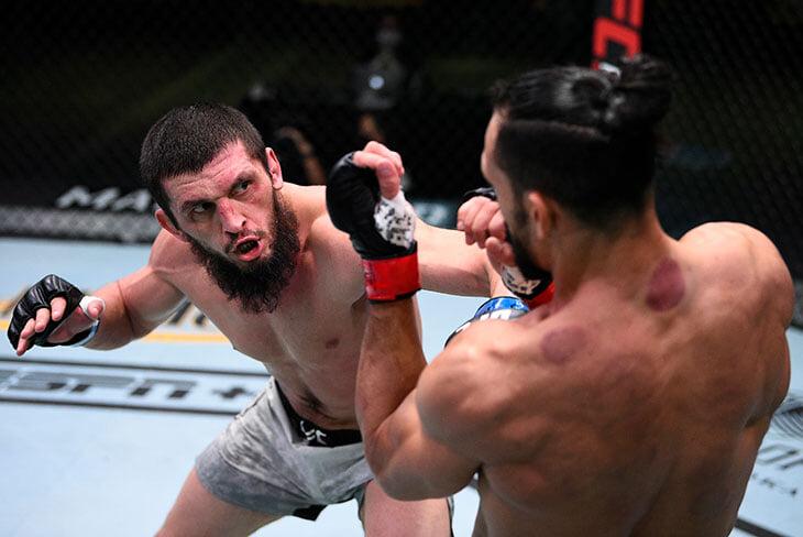 Чеченский боец Зелим Имадаев пришел в UFC без поражений, но теперь у него 0-3. Он постоянно дерзит, а сегодня его вообще избили пощечинами