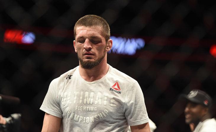 Чеченский боец пришел в UFC с чистым рекордом, но провалил дебют: проиграл и показал средний палец сопернику