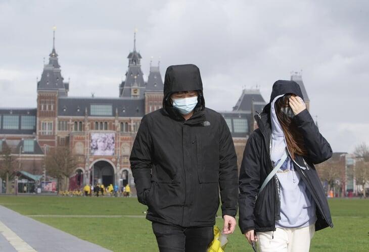 Что там в городах и странах Евро: зараженные есть везде, многие закрыли границы, некоторые советуют жителям не выходить из дома