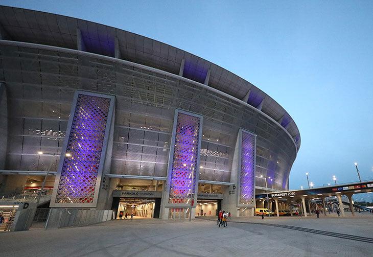 «Пушкаш Арена» быстро превращается в дом для любого. Вот она в цветах «Ливерпуля», «Сити», «РБ», «Вольфсберга» и «Гладбаха»