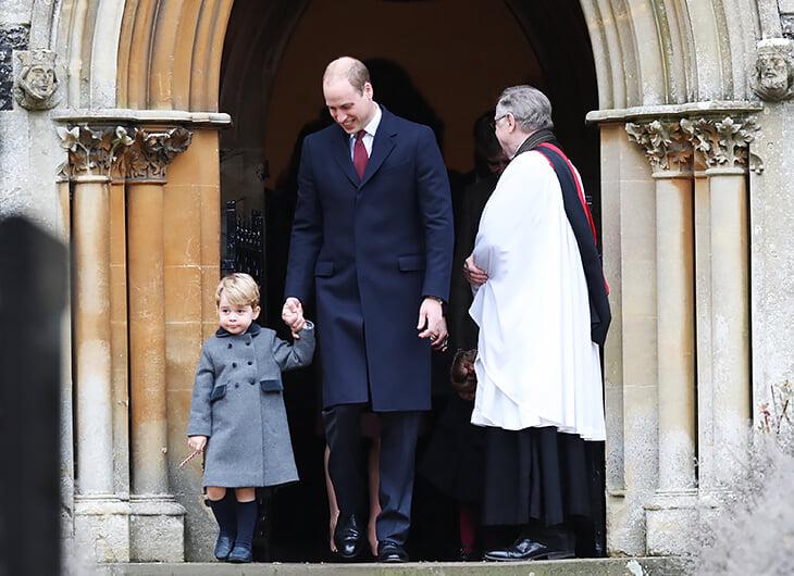 Почему в Британии в холодную погоду ходят в шортах? Это закаливание? Или культурная особенность? Разбираемся
