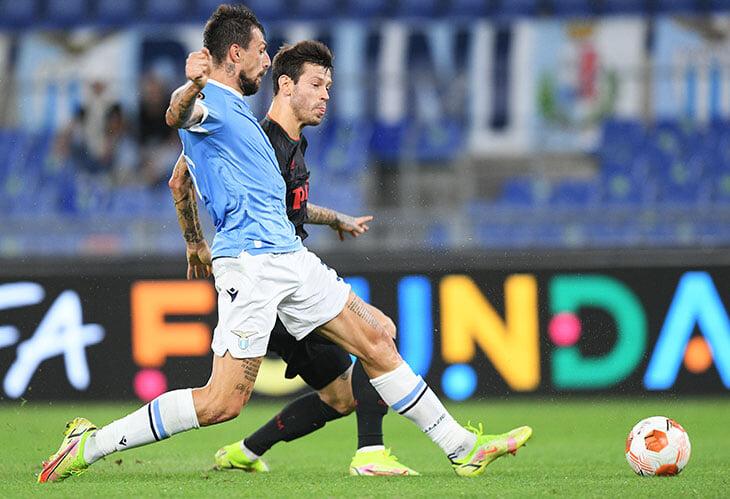 Николича не спас переход на 4-3-2-1 – «Лацио» разрывал фланг Рыбчинского. «Локо» мог проиграть крупнее, с атакой все грустно