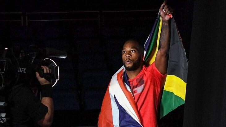 Леон Эдвардс рос в ямайском гетто и дрался с бандами Бирмингема, а отца застрелили в ночном клубе. Боец сам в шоке, что может стать чемпионом UFC