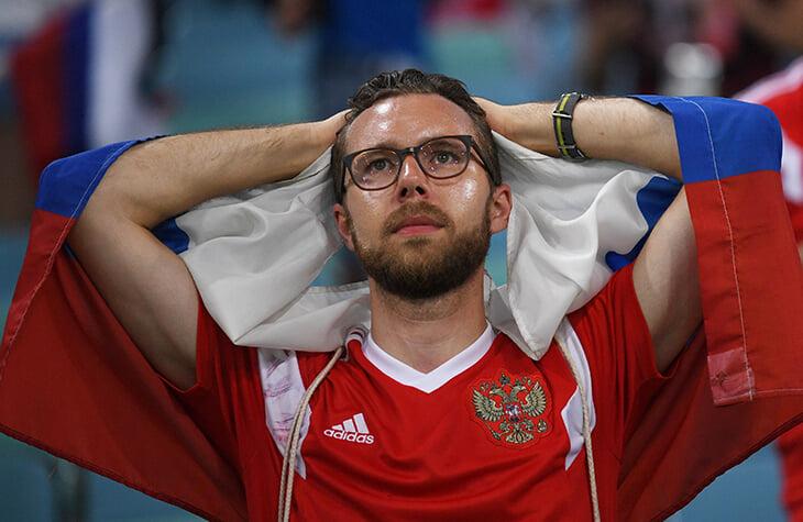 Российских болельщиков не пустят на матч против Дании. Это решение властей европейской страны