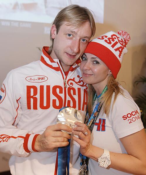 Плющенко + Рудковская = ❤️ с первого взгляда: знакомство благодаря Билану и секс через 8 часов. Это Яна вернула Женю на лед