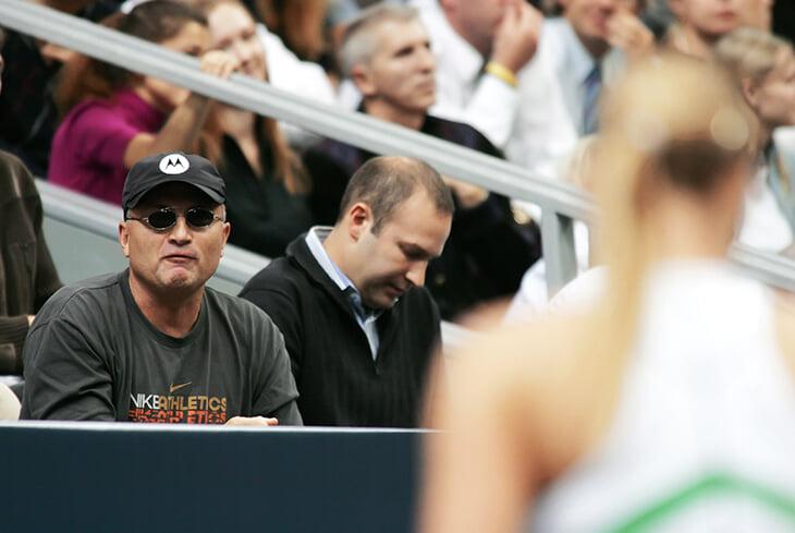 Победа Шараповой на US Open-2006: слухи о романе с Роддиком, платье за $3500, слезы из-за медиа и бананагейт