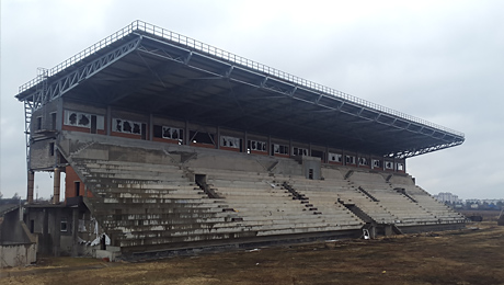 Когда достроят регбийный стадион в Монине?