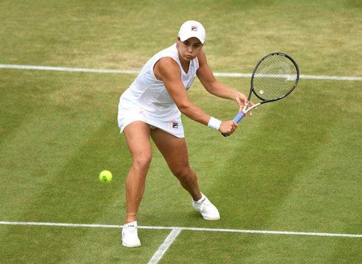 Мы восхищались умным теннисом Эшли Барти (первой ракетки мира), а она из-за него проиграла «Уимблдон»
