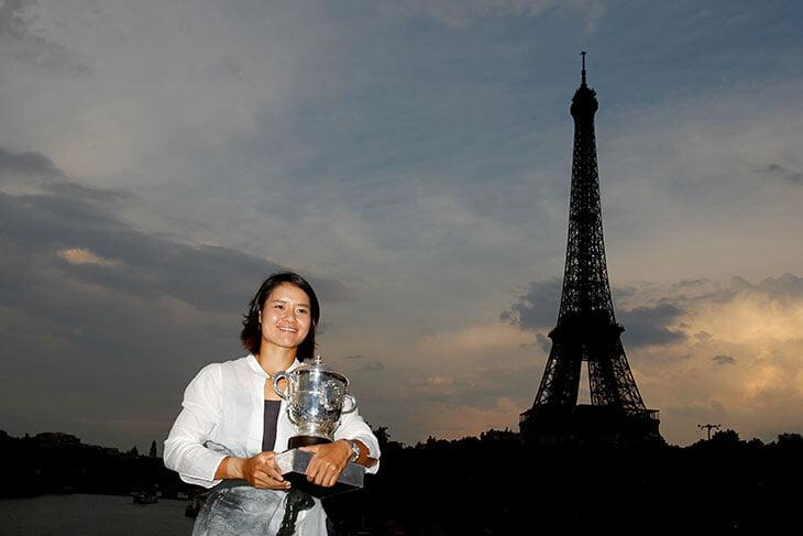 Ли На – важнейший человек в теннисе XXI века. Ее победа на «Ролан Гаррос» привлекла 116 млн зрителей и повернула женский тур в Китай