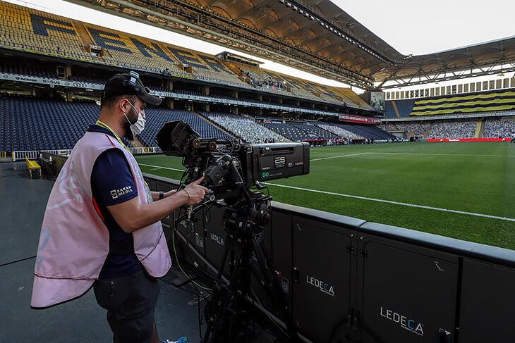 Сезон в Турции🌪 Здесь Озил играет бесплатно (пока), со Шкртелом разорвали контракт обманом, а клубы считают, что ТВ влияет на ВАР