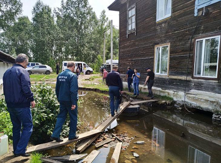 Год Мутко без футбола: разбирался с наводнением в Иркутской области, заливал бетоном омское метро, спасал обманутых дольщиков