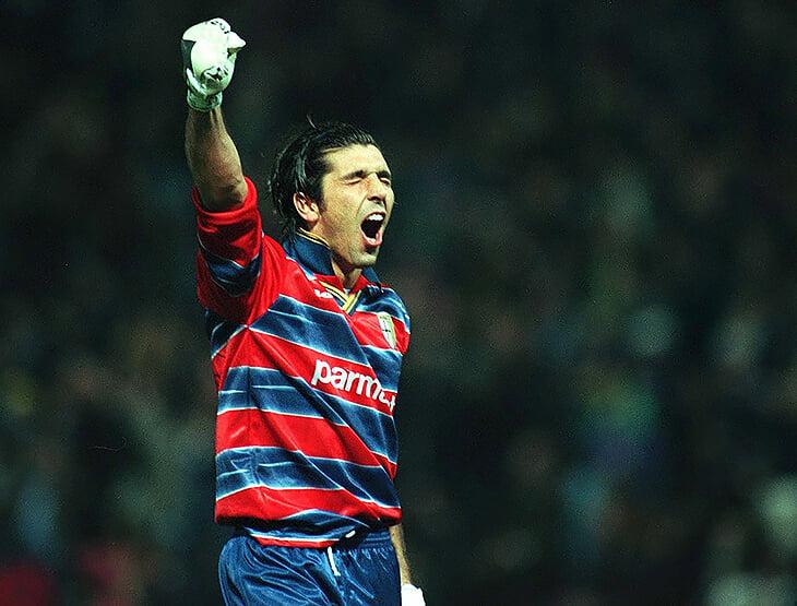 22 года назад Буффон выиграл Кубок УЕФА благодаря Энрико Кьезе. А вчера взял Кубок Италии с его сыном
