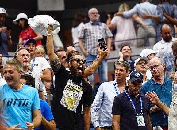 На US Open даже в этом году есть суперболельщик: держал любимый ресторан Берреттини (он сгорел), его ор из-за забора слышно на кортах