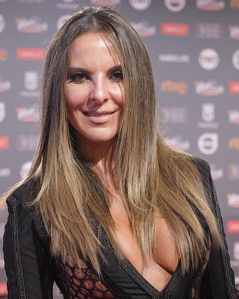 Женщины – главная страсть Канело. Боксер встречался с моделями, актрисами и любовницей наркобарона. Сейчас у него четверо детей от разных девушек