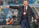 Перекладина и английский арбитр сыграли за венгров: Ионов не забил, шанс на победу с пенальти сборная России тоже не получила
