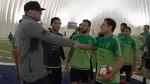 Джей Джей Уотт посетил тренировку сборной Мексики по соккеру