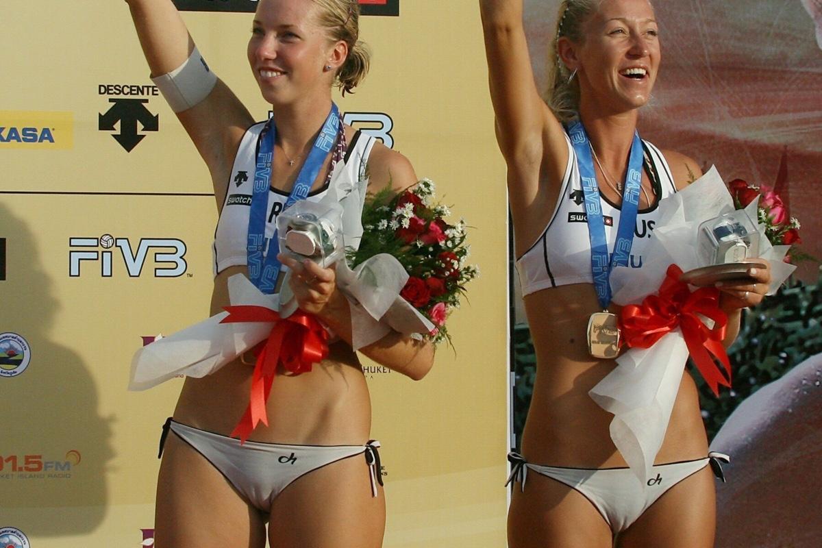 Фото девушки засветы пляжный волейбол #11