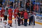 КХЛ | Упал, потерял сознание, очнулся – гипс. Арбитр сломал ногу во время матча