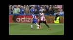 Altidore dives! Azpilicueta did not toch him! Altidore jumps on his foot!
