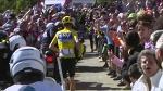 12e étape : la moto qui précédait Froome a été stoppée par les spectateurs