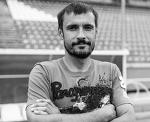 Многолетний капитан, легенда и лидер ФК «Сибирь» чех Томаш Выходил в сорок лет завершил карьеру профессионального игрока и начал тренерскую работу с новосибирскими детьми, задумываясь о собственной футбольной школе.