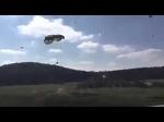 Американские военные на учениях НАТО в Германии десантировали джипы без парашютов