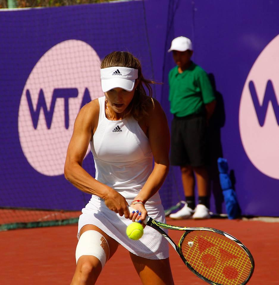 Кристина Младенович — Анна Калинская. Прогноз на матч 16.10.2018. WTA