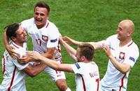 Сборная Польши по футболу, видео, Евро-2016, Лукаш Фабианьски, Сборная Швейцарии по футболу, Якуб Блашчиковски, Джердан Шакири