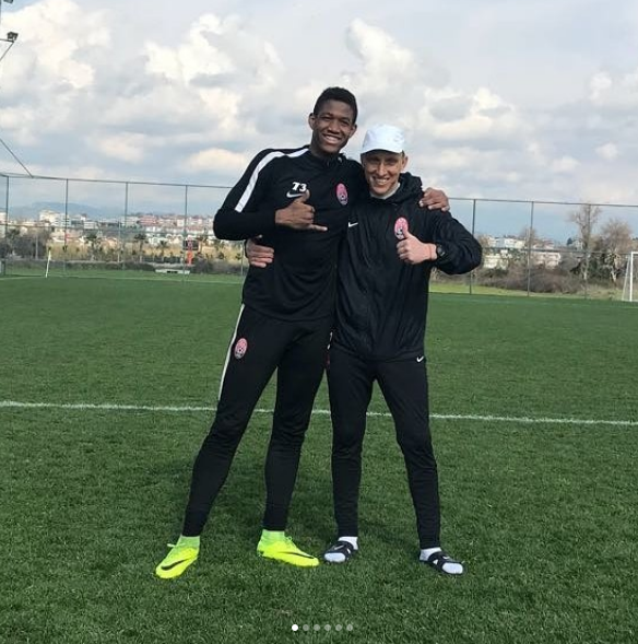 Заря заключила контракт с бразильским вратарем