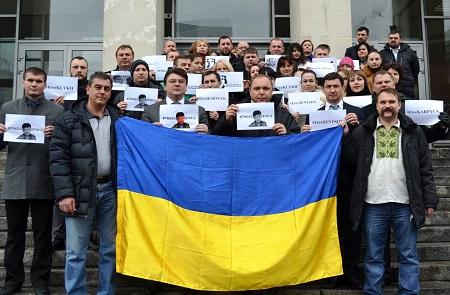 У Жданова вимагають від Росії звільнити політв'язнів - фото 1