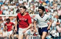 Олег Блохин, Валерий Лобановский, сборная СССР, сборная ГДР