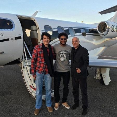 Луис Адриано прилетел в Китай для заключения контракта