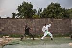 Фотосет вооруженных сил Руанды. Карате в действии - Угарные мужчины - Блоги - ua.tribuna.com