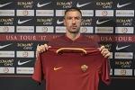 Kolarov completes Roma move